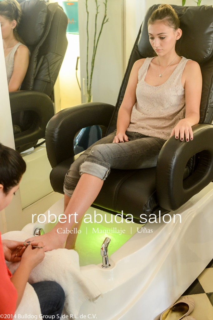 Spa merida manicure pedicure robert abuda robert abuda for Salon de pedicure